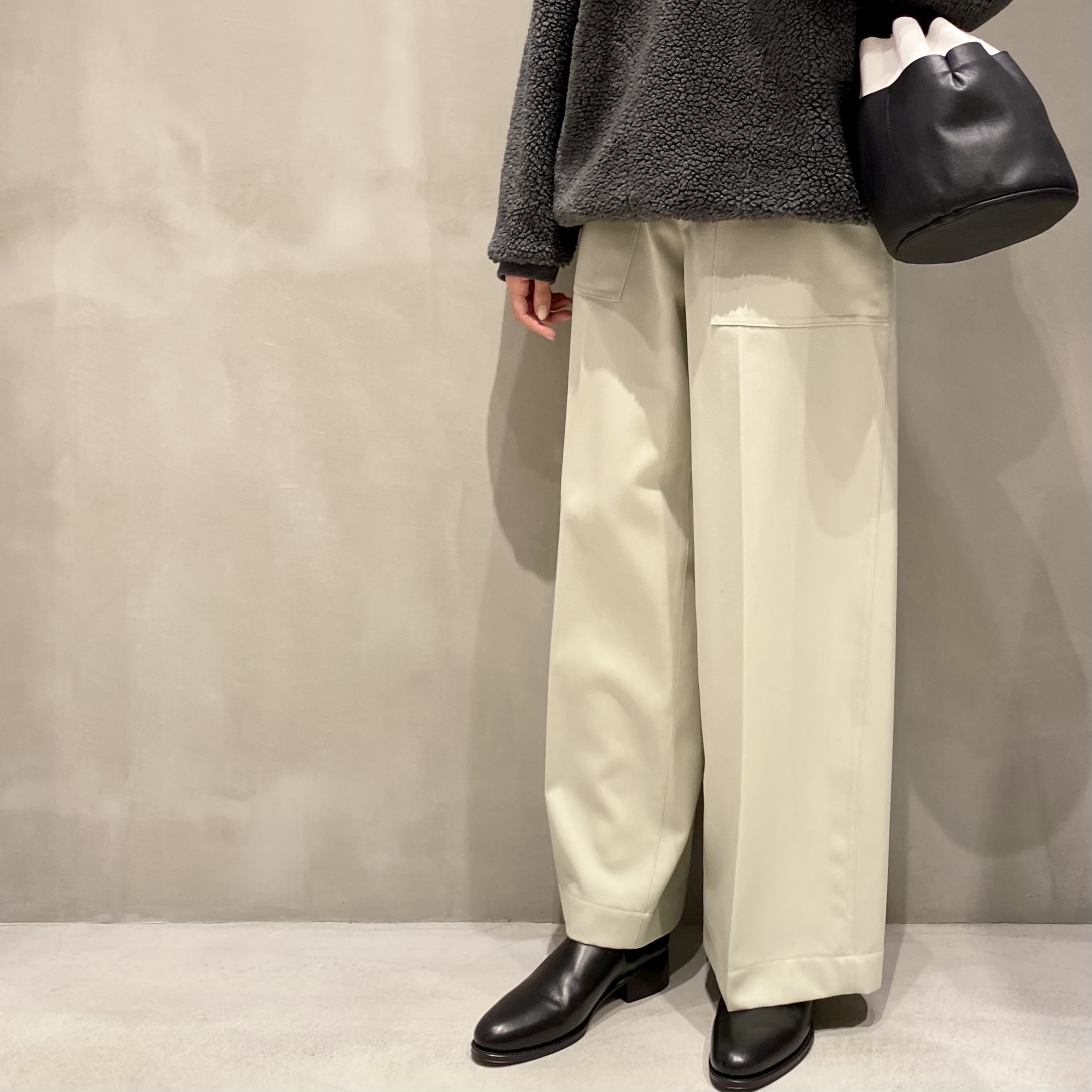【YLEVE】WOOL TWILL TROUSERS